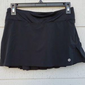 LULULEMON black tennis shorts size 4